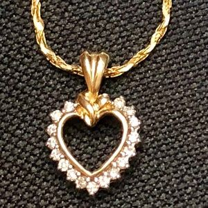 Jewelry - 14k ❤️ pendent Chain .25carat natural💎Certificate